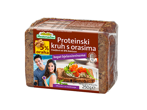Proteinski-kruh-s-orasima